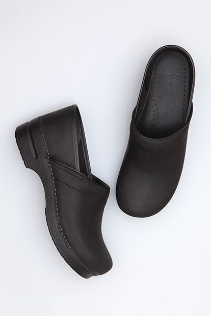 ae74775ab88f thumbnail.asp file assets images dansko professional mens clog black oiled  leather.jpg maxx 450 maxy 0